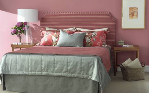 Lily bedhead (Shape: square inverted corners), bed throw, channel quilt bedspread