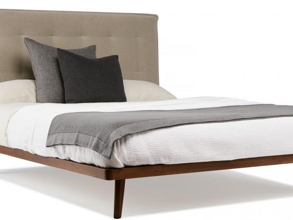 padded bed, padded bedhead, upholstered bedhead